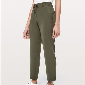 Lululemon On They Fly 7/8 Pants (green)